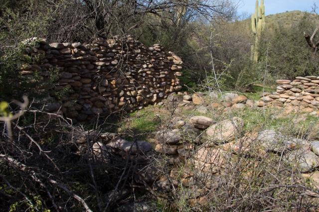 cabin ruins1